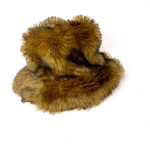 Mink faux fur hat with brown fleece lining